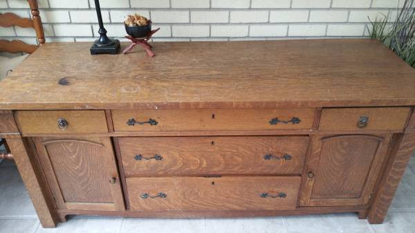 Large Buffet     $250     View on Craigslist
