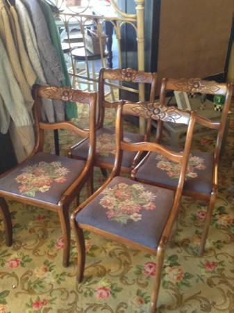 Set of 4 Antique Chairs     $66     View on Craigslist