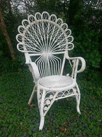 Vintage Wicker Chair $70 View on Craigslist
