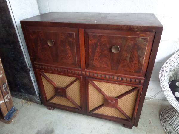 Vintage Stereo Cabinet     $50   This piece would be great repurposed - could be used as a small buffet, TV stand, mini bar or even a changing table.    View on Craigslist