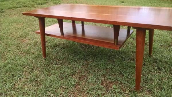Mid Century Coffee Table     $150     View on Craigslist