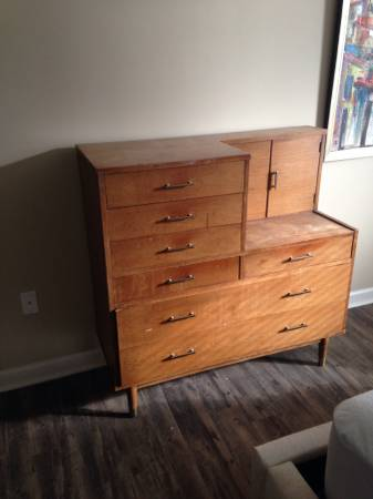 Mid Century Dresser/Vanity     $300     View on Craigslist