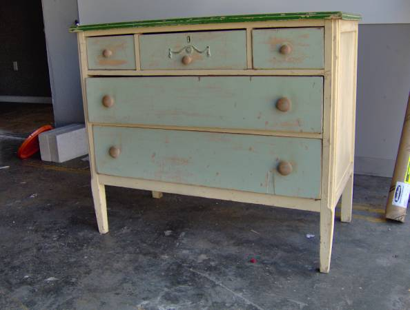 Vintage Dresser     $80     View on Craigslist