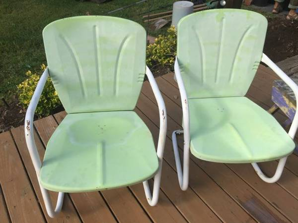 Pair of Vintage Patio Chairs     $70     View on Craigslist