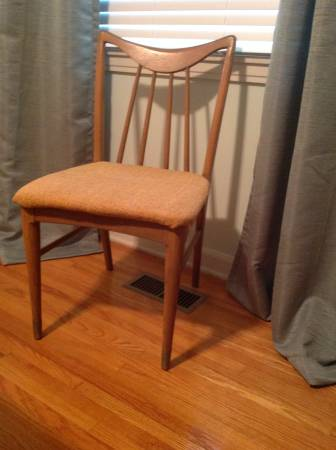 Set of 4 Mid Century Chairs     $160     View on Craigslist