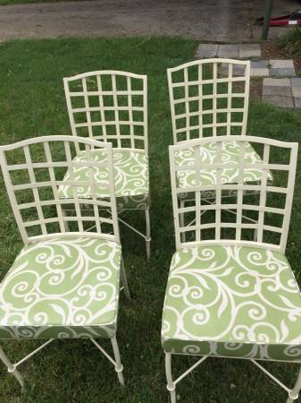 Set of 4 Patio Chairs     $80     View on Craigslist
