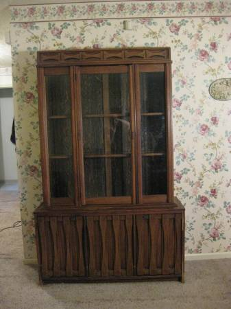 China Cabinet     $50   This would be a great piece to paint.    View on Craigslist