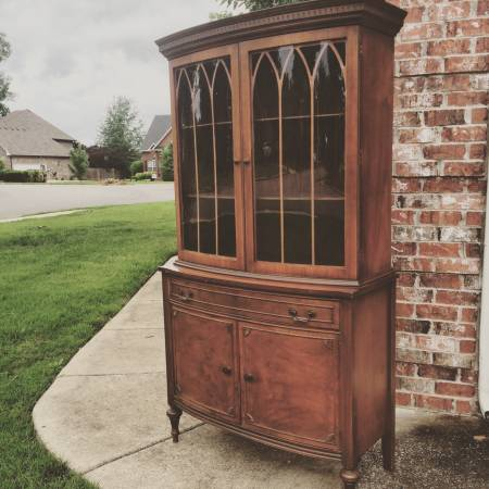 Antique Bow Front Hutch     $285     View on Craigslist