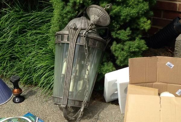 Antique Chandelier     $100     View on Craigslist