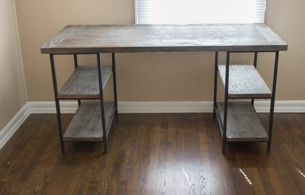 Desk     $300     View on Craigslist