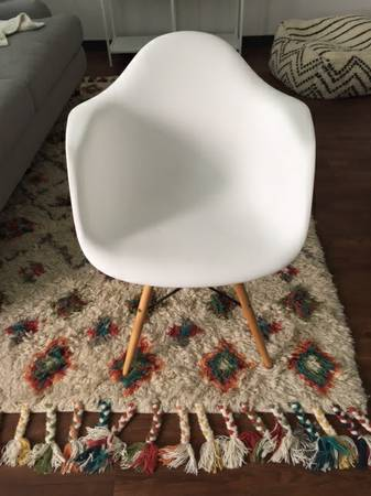 White Eames Style Chair     $50     View on Craigslist