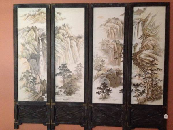 Oriental Screen     $60   This screen would look nice hanging on the wall or could use as a headboard.    View on Craigslist