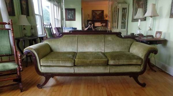 Antique Sofa     $100     View on Craigslist