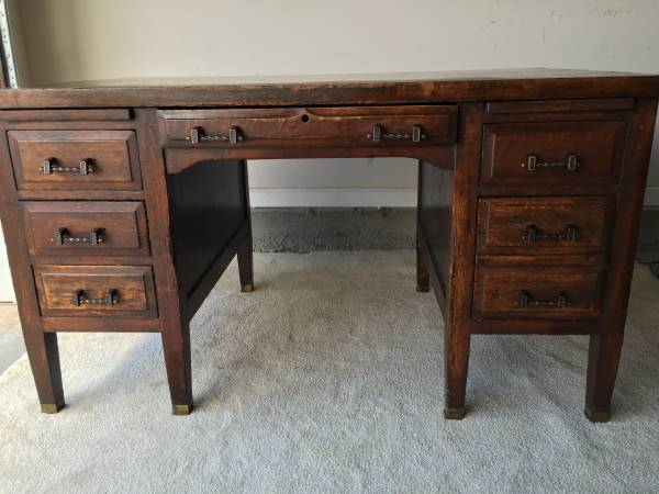 Antique Desk     $150     View on Craigslist