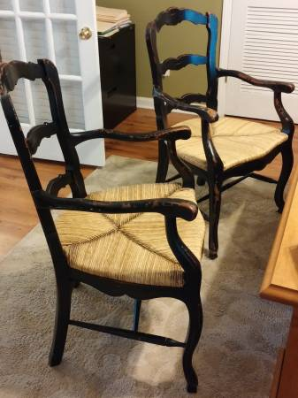 Pair of Black Chairs     $80     View on Craigslist