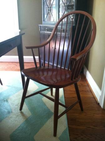 Set of 6 Chairs     $120     View on Craigslist