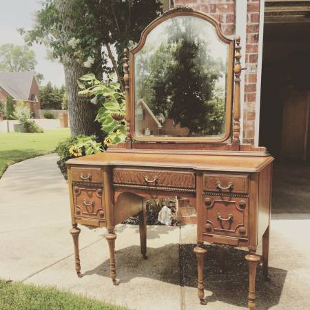 Antique Vanity $265 View on Craigslist