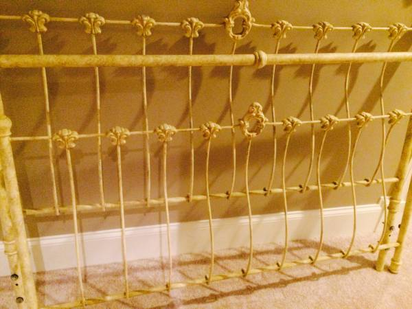 Queen Bed Frame     $50     View on Craigslist