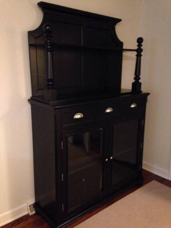 Hutch $150 View on Craigslist