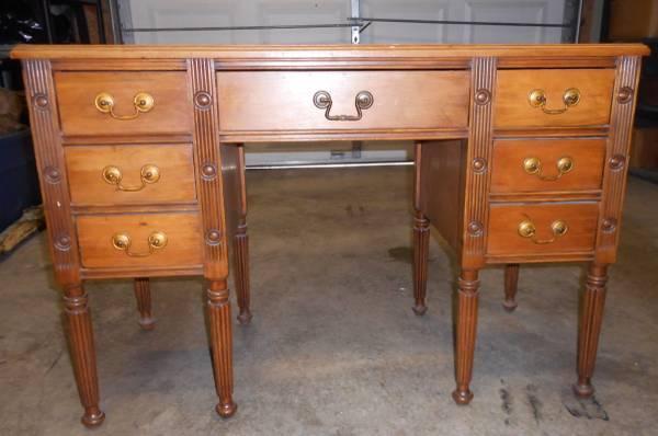 Desk $100 View on Craigslist