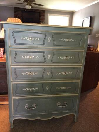 Chest of Drawers     $175     View on Craigslist