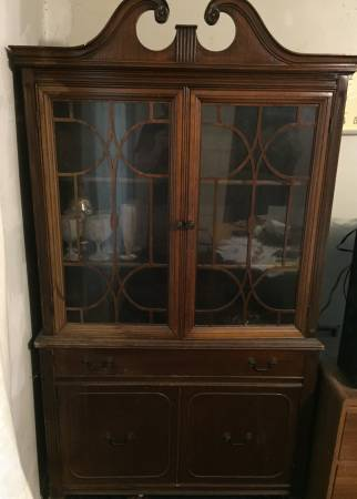 China Cabinet     $50     View on Craigslist