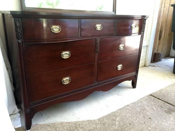 Dresser with Mirror     $250     View on Craigslist