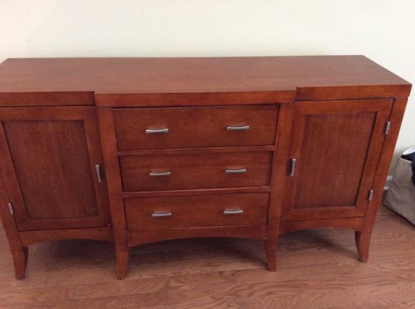 Ethan Allen Buffet $125 View on Craigslist