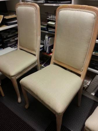 Set of 6 Dining Chairs     $120     View on Craigslist