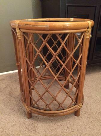Vintage Rattan/Bamboo Table     $5   This is a great deal - you could use it as is but it would also look great painted.    View on Craigslist