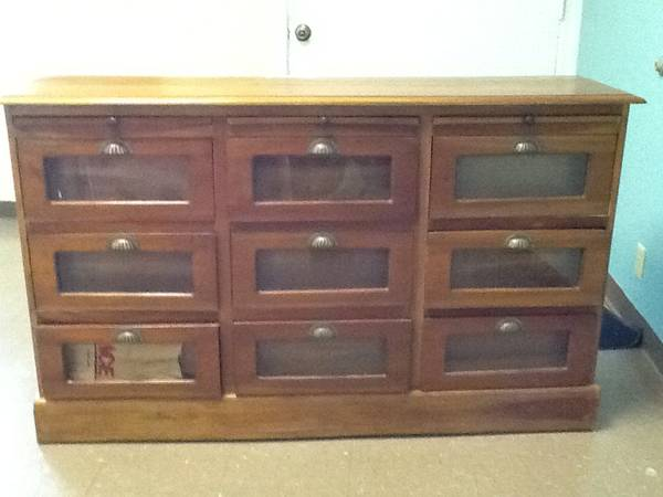 Dresser/Cabinet     $250     View on Craigslist