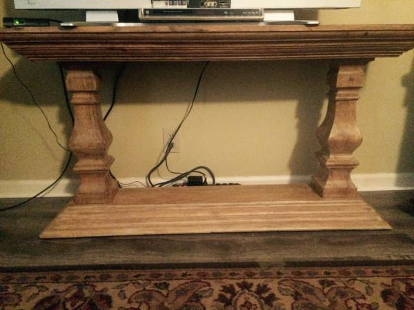 Sofa Table     $110   Seller also has 2 matching end tables listed.    View on Craigslist