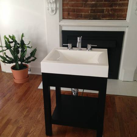 Bath Vanity     $75     View on Craigslist