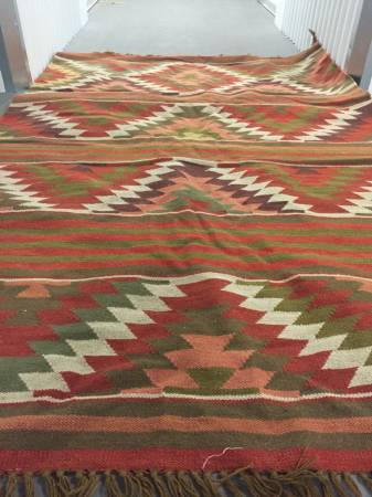 Pottery Barn 5' x 8' Rug     $50     View on Craigslist