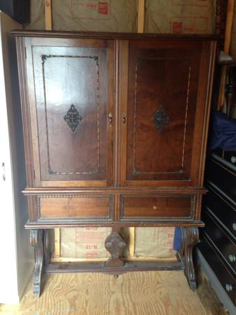Antique Cabinet     $200     View on Craigslist