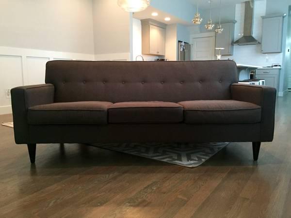 Mid Century Style Sofa     $300     View on Craigslist
