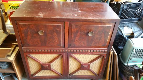 Vintage Stereo Cabinet $50 This would be a great piece to repurpose. View on Craigslist