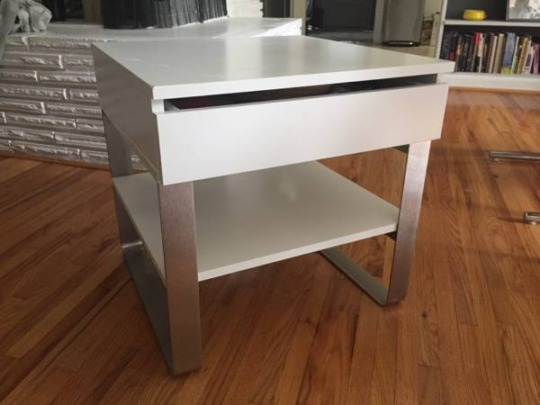 Modern Side Table     $40     View on Craigslist