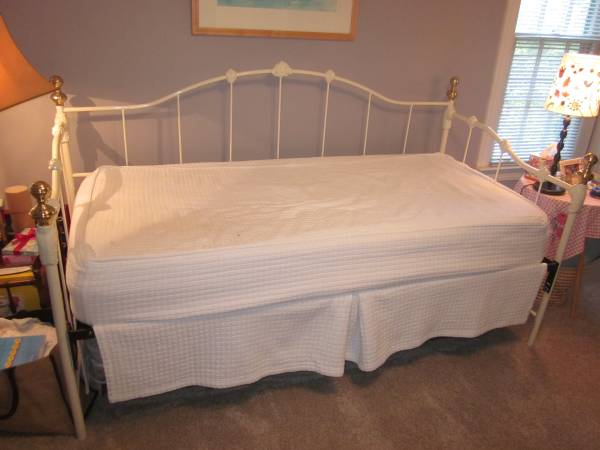Daybed with Trundle $165 View on Craigslist