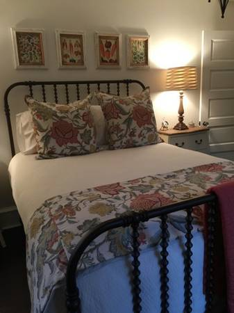 Queen Bed $400 View on Craigslist