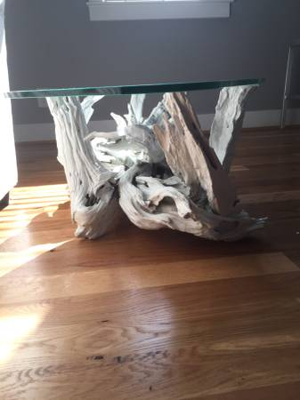 Driftwood Coffee Table     $50     View on Craigslist