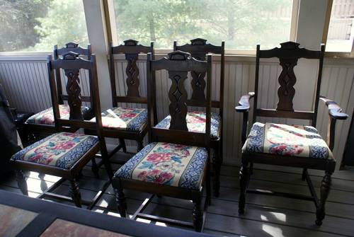 Antique Dining Chairs     $150   This set of chairs would be easy to recover.     View on Craigslist