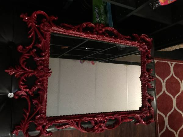 Vintage Mirror     $30     View on Craigslist