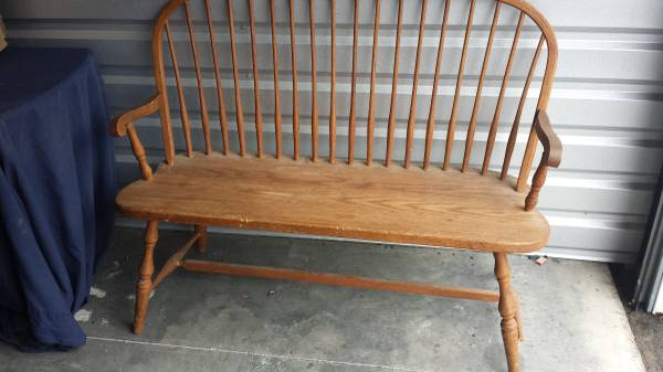 Bench     $20   This would be a perfect piece to paint!    View on Craigslist