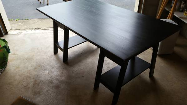 Ballard Designs Desk     $200     View on Craigslist