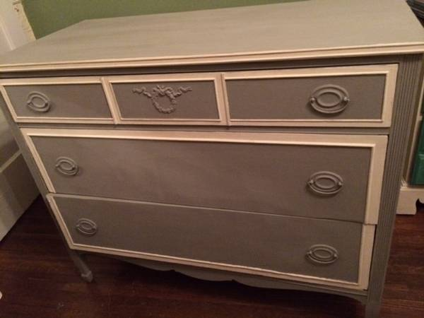 Painted Dresser     $155     View on Craigslist