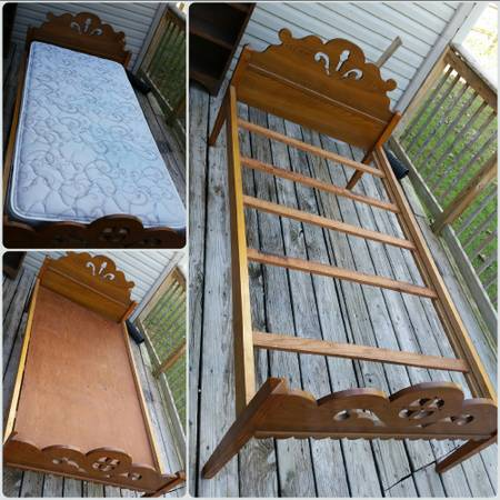 Antique Twin Bed     $75     View on Craigslist