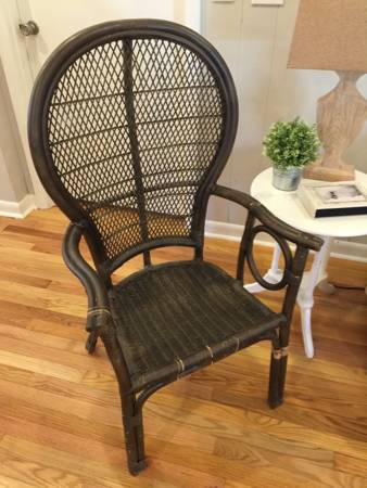 Wicker Balloon Back Chair     $30     View on Craigslist