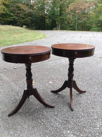 Pair of Vintage End Tables     $100     View on Craigslist