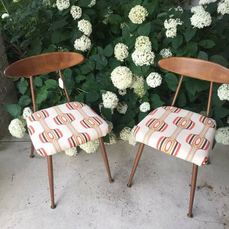Pair of Mid Century Chairs     $100     View on Craigslist